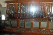Castro's collection of rifles.
